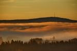 Ochsenkopf über dem Nebel im Selbitztal